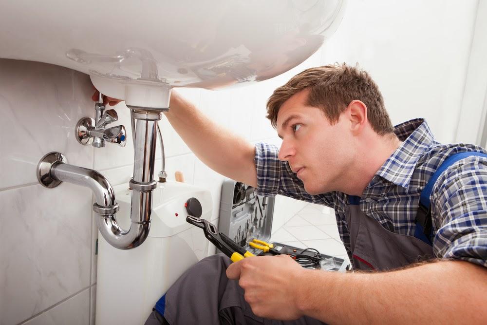 Sửa điện nước tại nhà quận 4 tphcm - Dịch vụ sửa máy bơm nước - Đường ống nước tại tphcm chất lượng